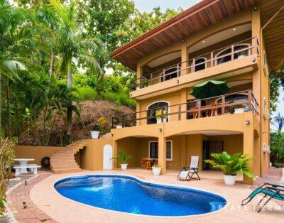 Surfside Villa Sleeps 12